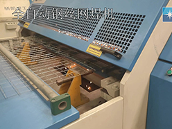 全自动钢丝网焊机(舒乐板网焊网机)